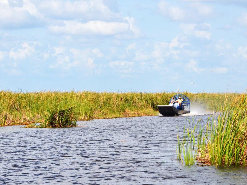 Mit einem Airboat durch die Everglades auf einer Florida Rundreise
