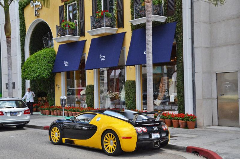 Bugatti auf dem Rodeo Dr.