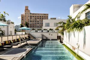 Pool für U21 Jährige in Miami Beach