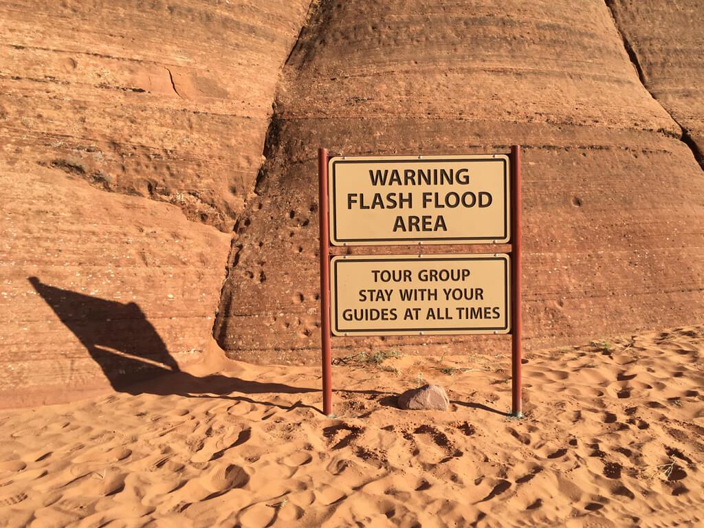 Hinweis auf eine Flut Warnung im Antelope Canyon