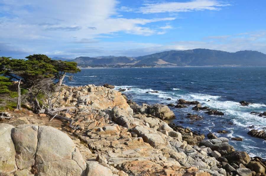 Blick auf die Bucht vom 17 Mile Drive