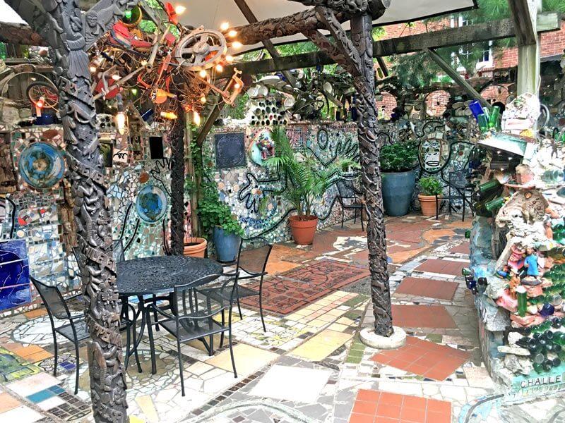 Cafe im Magic Gardens