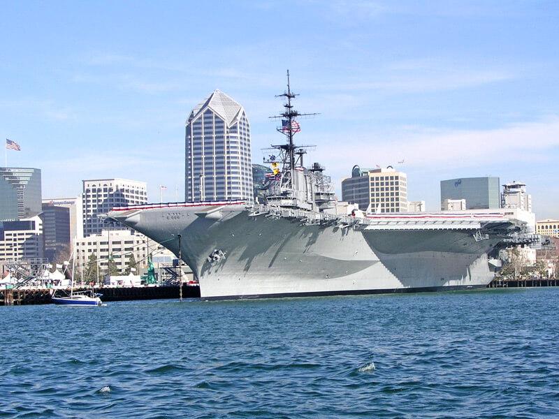 USS Midway Flugzeugträger in San Diego