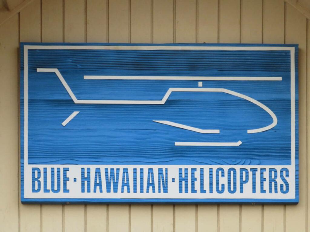 Blue Hawaiin Hubschrauber Unternehmen an der Na Pali Coast