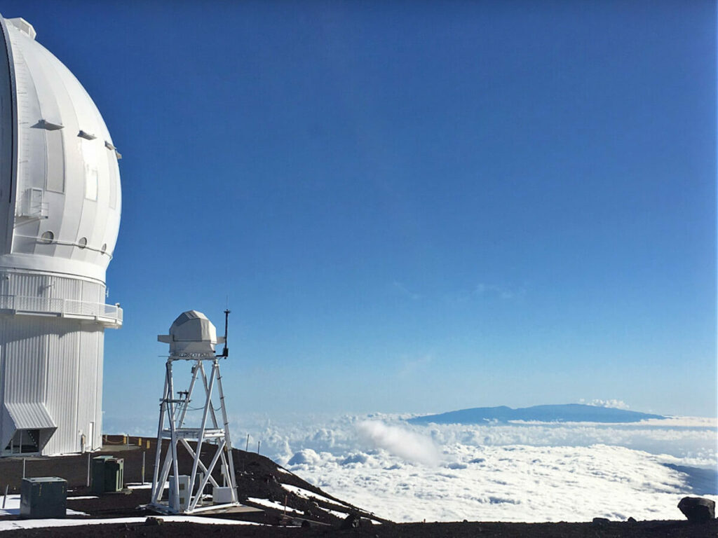 Über den Wolken auf dem Mauna Kea Vulkan
