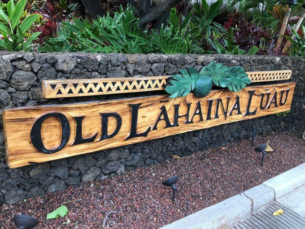 Willkommensschild Old Lahaina Luau