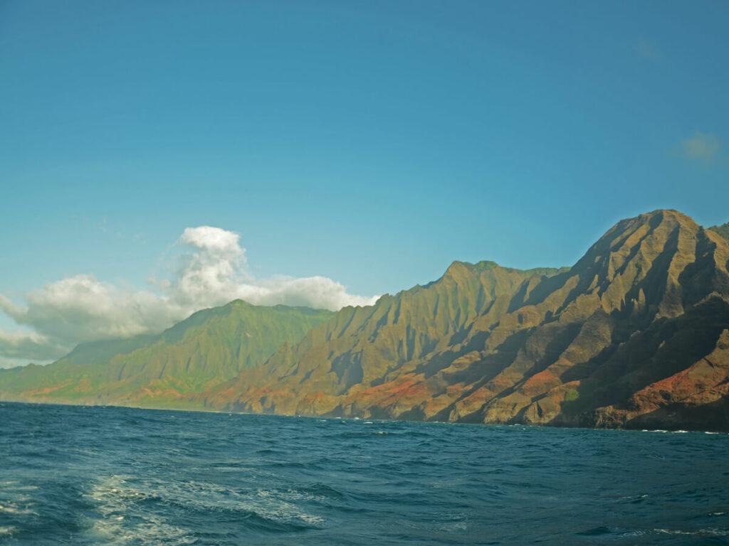 Blick vom Boot auf die Na Pali Coast