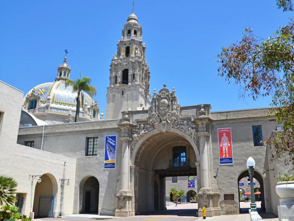 Haupteingangsportal vom Balboa Park in San Diego