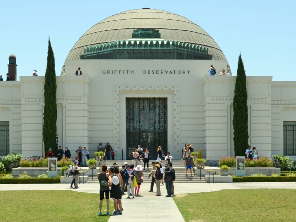 Griffith Observatorium mit Blick auf Los Angeles