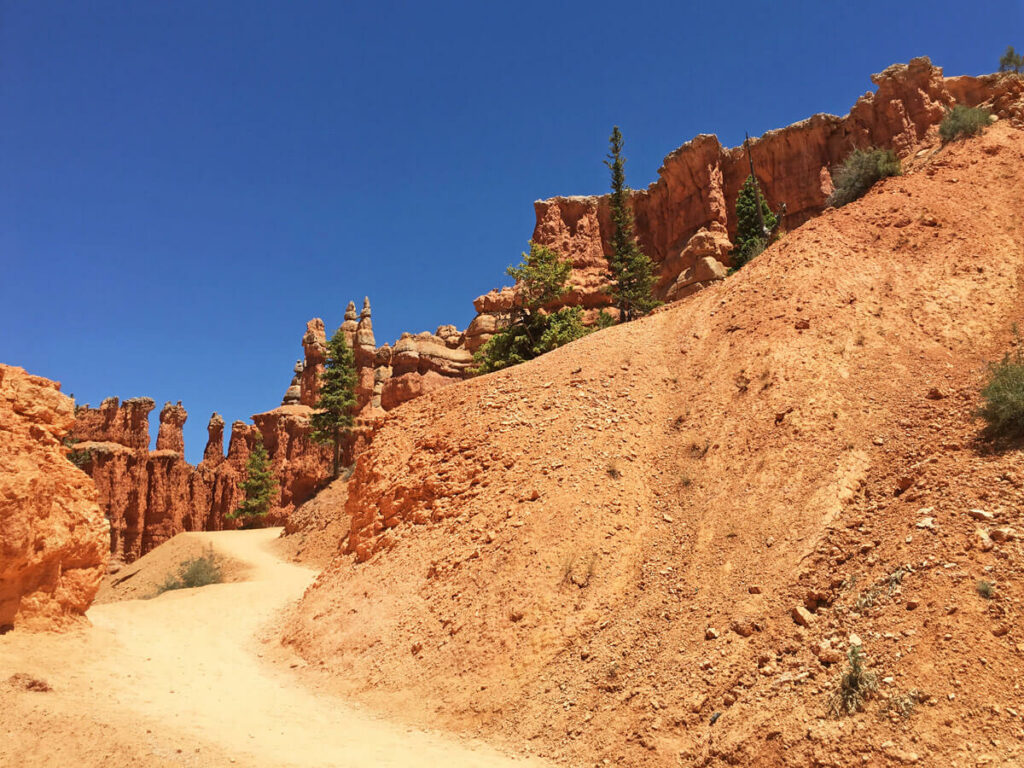 Wanderweg im Bryce Canyon ohne Besucher