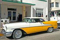 Oldtimer auf der Straße in Miami