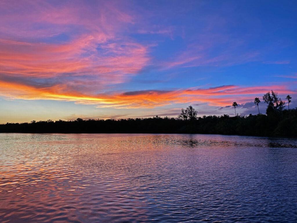 Sonnenuntergang in den Everglades in Everglades City