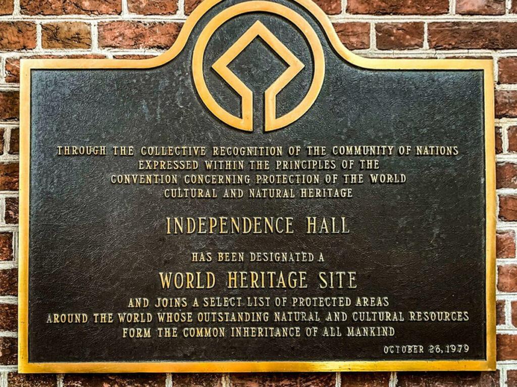 Wandtafel von der Independence Hall in Philadelphia