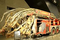 Zerstörter Feuerwehrwagen im 911 Museum