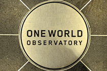 Plakette des One World Obervatory