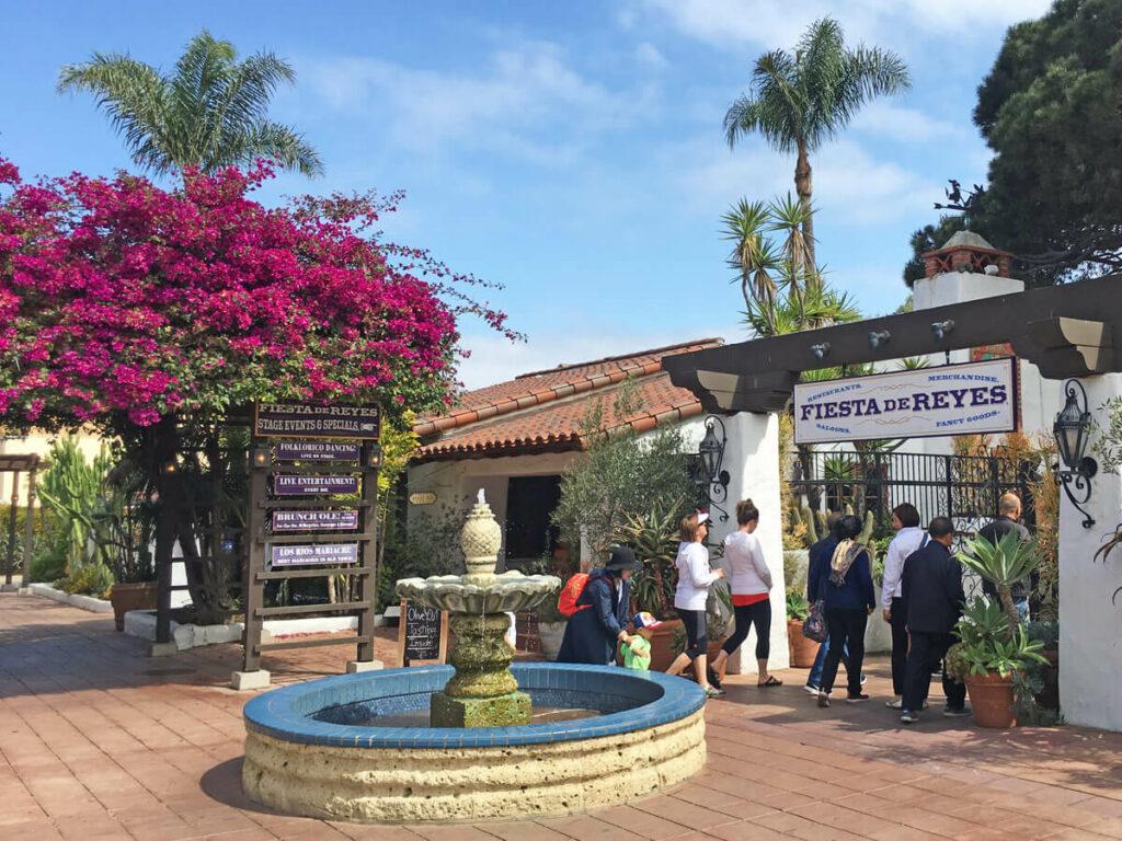 Eingang zum alten Marktplatz im Old Town
