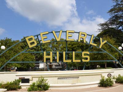 Beverly Hills Sign am Brunnen in LA